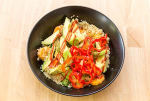 Salade de quinoa : la préparation de la recette vegan